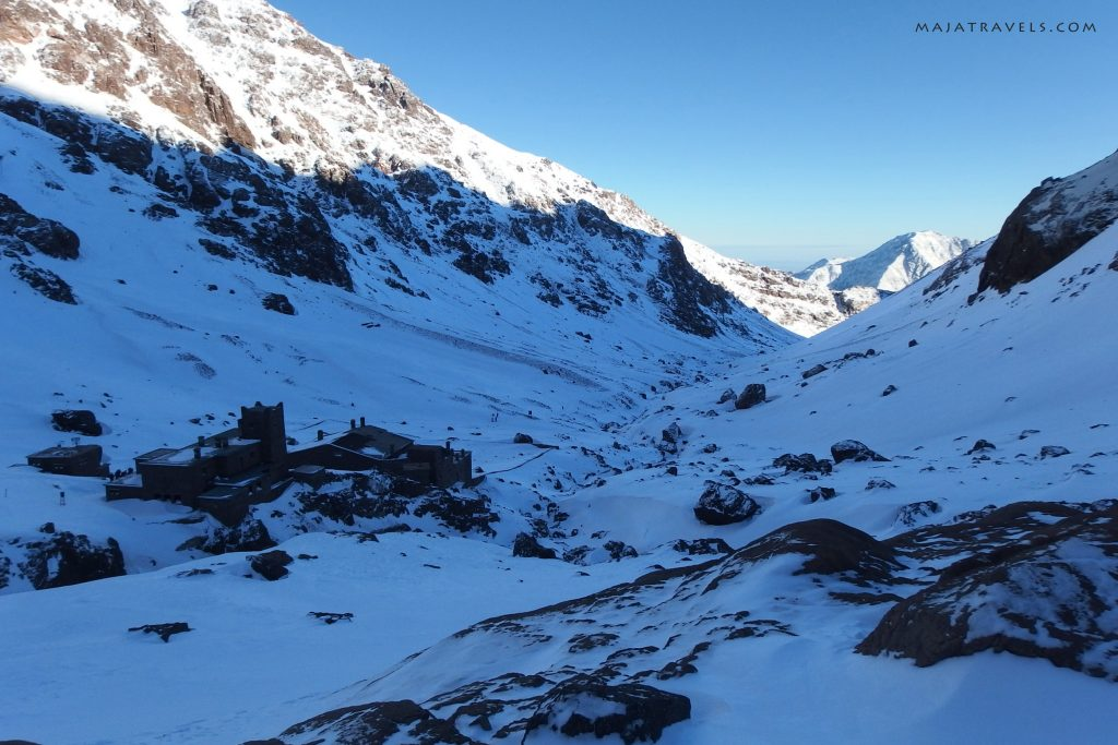 refuge du toubkal and les mouflons