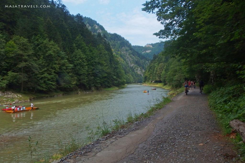 pieniny, bike path along dunajec river