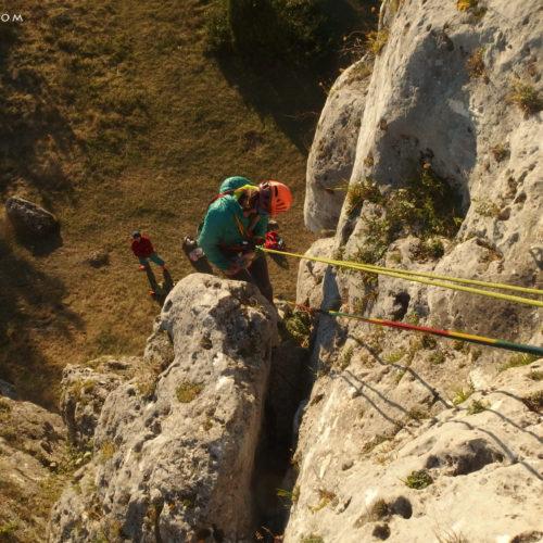 rock climbing in poland, jura, dziewica