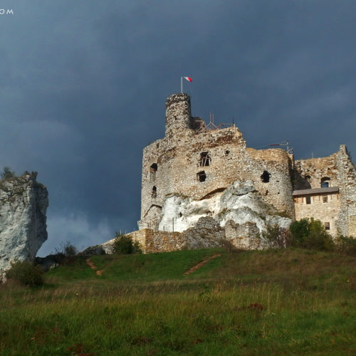 rock climbing in poland, jura, castle mirów