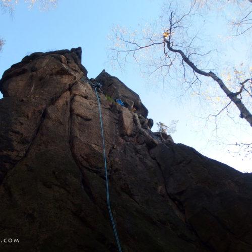 Rock climbing in Sokoliki: Jastrzębia Turnia