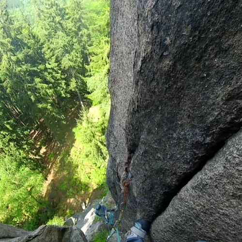 Rock climbing in Sokoliki: Krzywa Turnia