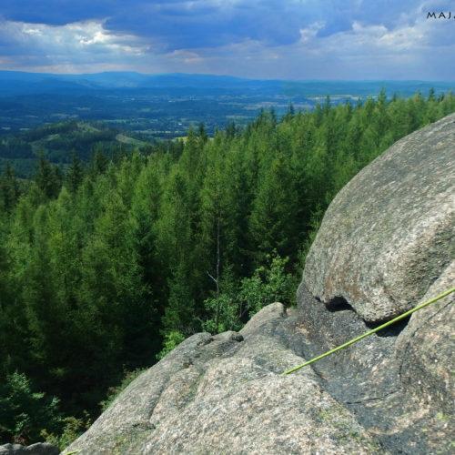 Rock climbing in Rudawy: Starościńska Skała