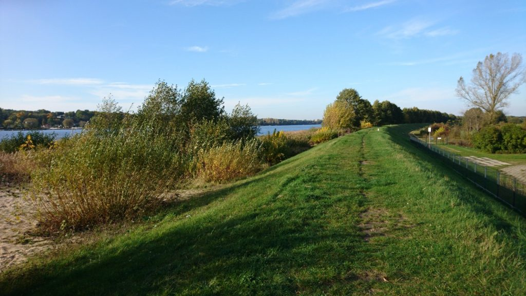 bicycle route in poland by river bug
