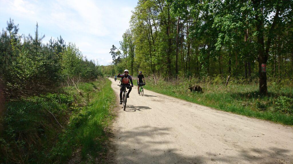 las malin na rowerze