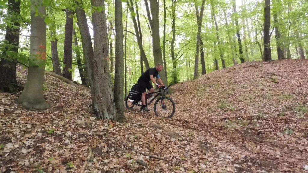 downhill path to lake lutomskie