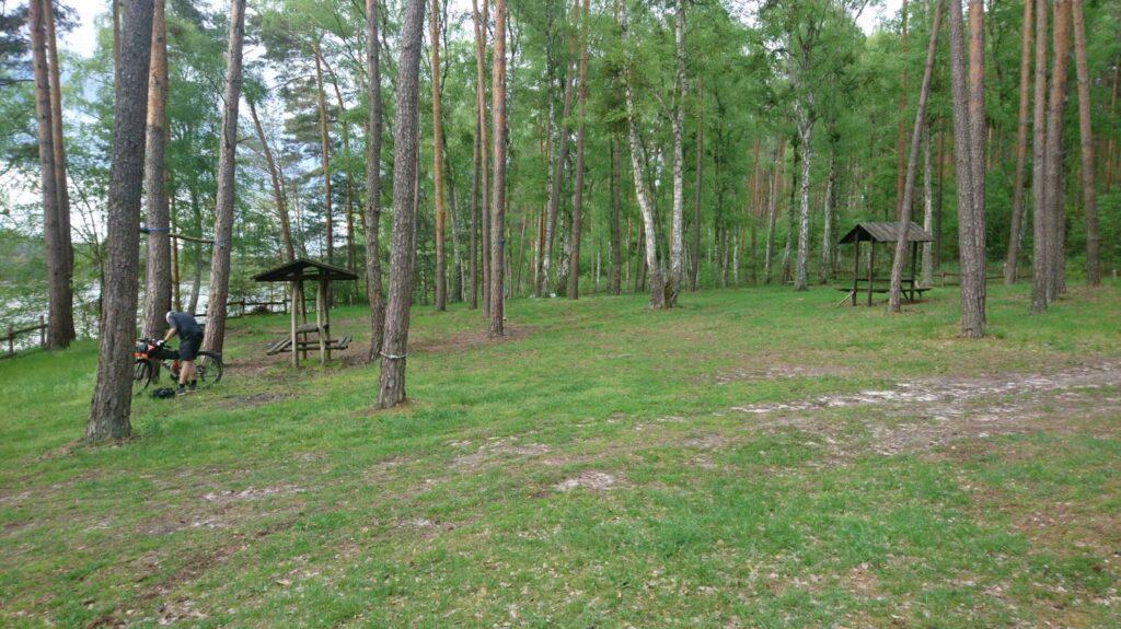 stop place by lake barlin
