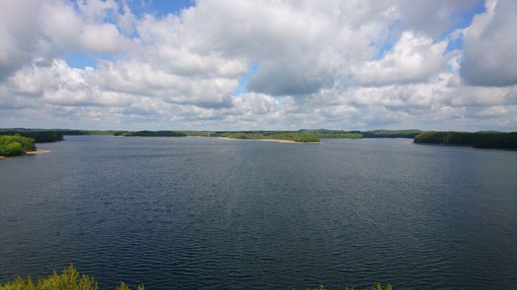 widok na jezioro ińsko